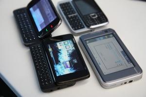 N900 ao lado de outros aparelhos